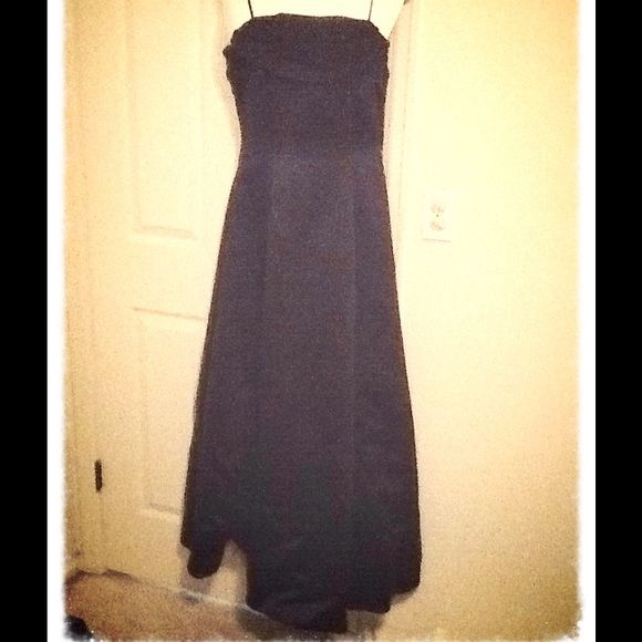 Navy Occasion Dress price drop Simple, elegant dress. Scarf detail around top, flows down the back and covers zipper. Has a couple layers of tulle for just the right amount of fullness.  Perfect condition.  Please let me know if you have any questions or want to bundle!!   Dresses