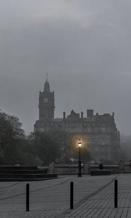 The Balmoral.. Edinburgh, Scotland (by m@yphotos on Flickr)
