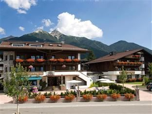 Seefeld Hotel Haymon Austria, Europe Hotel Haymon is conveniently located in the popular Seefeld in Tirol area. Featuring a complete list of amenities, guests will find their stay at the property a comfortable one. Take advantage of the hotel's free Wi-Fi in all rooms, Wi-Fi in public areas, car park, room service, family room. Designed for comfort, selected guestrooms offer television LCD/plasma screen, internet access – wireless (complimentary), non smoking rooms, desk, balc...