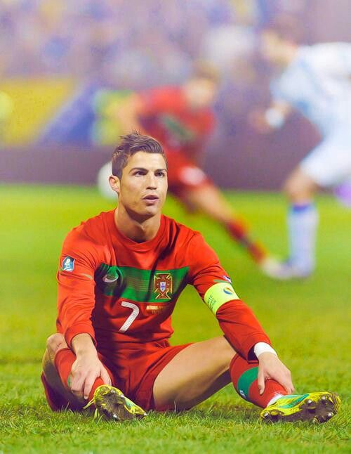 Cristiano Ronaldo Like Messi, it is as if his mind controls the ball, not his body. An immortal!