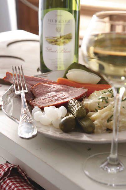 Schiffala (palette de porc), salade de pommes de terre & Pinot Blanc Photo /VinsAlsace.com