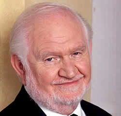 """Robert Prosky -- (12/13/1930-12/8/2008). American Actor & Comedian. He portrayed Sgt. Stan Jablonski on TV Series """"Hill Street Blues"""" and Pat Chase on Veronica's Closet. Movies -- """"Miracle on 34th Street"""" as Judge Henry Hopper, """"Mrs. Doubtfire"""" as Mr. Lundy, """"Gremlins 2: The New Batch"""" as Grandpa Fred, """"Loose Cannons"""" as Von Metz and """"Dead Man Walking"""" as Hilton Barber. He died from complications following a Heart Procedure, age 77. Born: Robert Józef Porzuczek."""