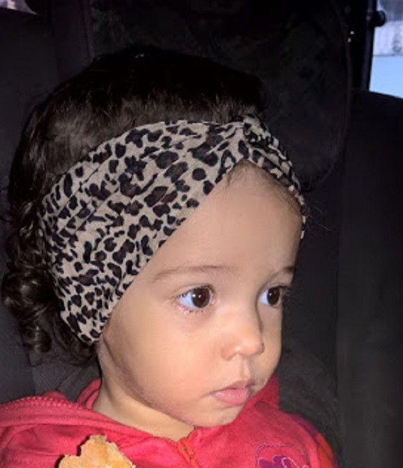 Turbante baby feito sob encomenda, super confortável, tecido liganete. No ato da compra, informar medida da cabeça.