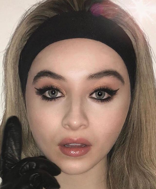 Sabrina Carpenter // makeup Instagram March 2018