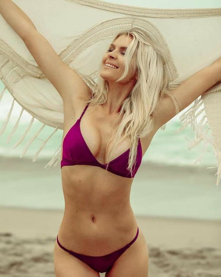 Pia Lamberg Bikini