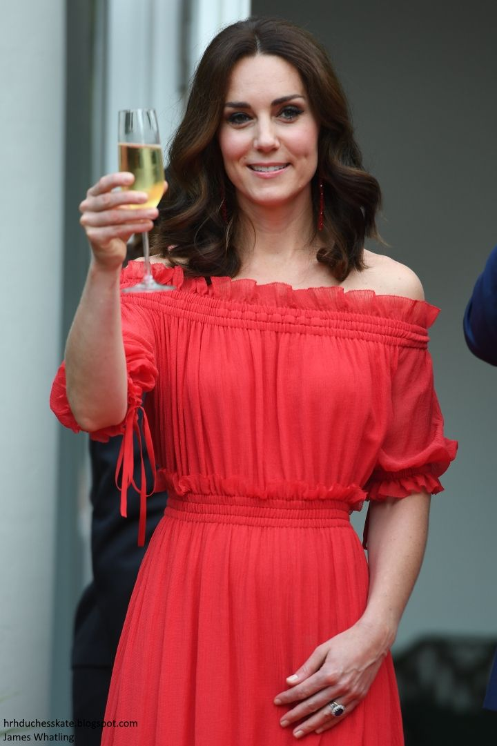 Duchess Kate: Lady in Red Kate in McQueen & Simone Rocha for Queen's Birthday Party in Berlin!