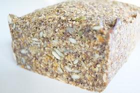 Low carb lækkerier: Stenalder gulerodsbrød