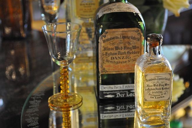 how to drink goldwasser liqueur