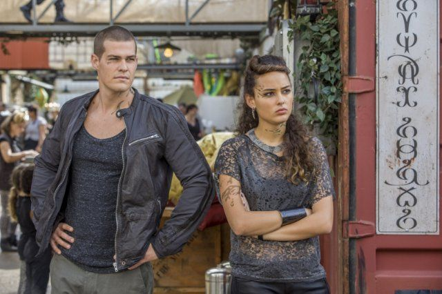 Still of Greg Finley and Chelsea Gilligan in Star-Crossed (2014)