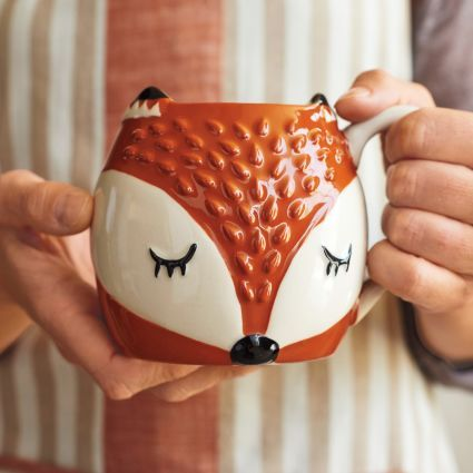 Look great in the Company Kitchen this fall with this foxy mug by Sur La Table - From The Home Decor Discovery Community of www.DecoandBloom.com