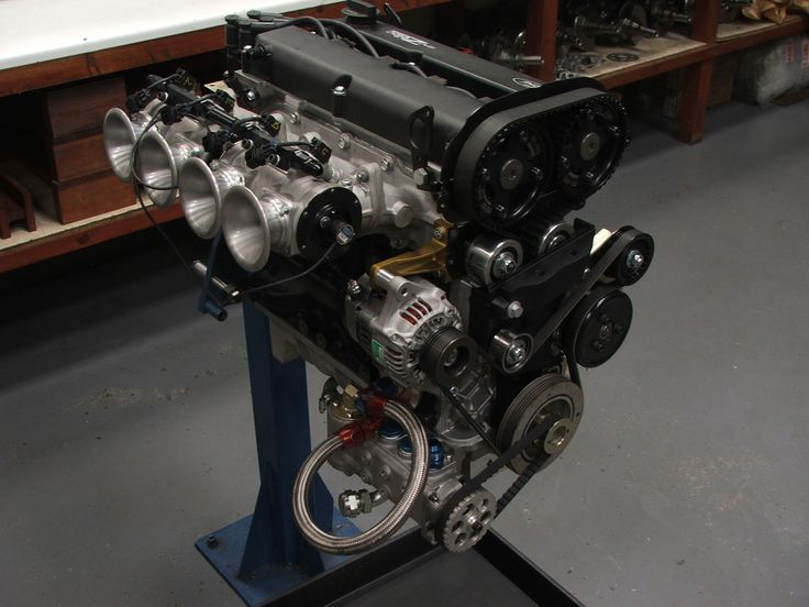 4 cylinder car engine diagram pictures & images