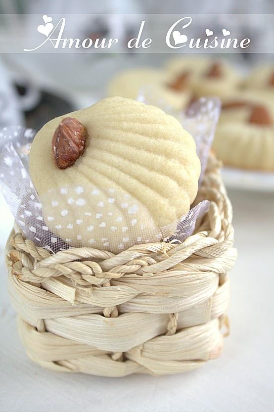 ghribia-aux-amandes--gateau-sec-aux-amandes-faciles.