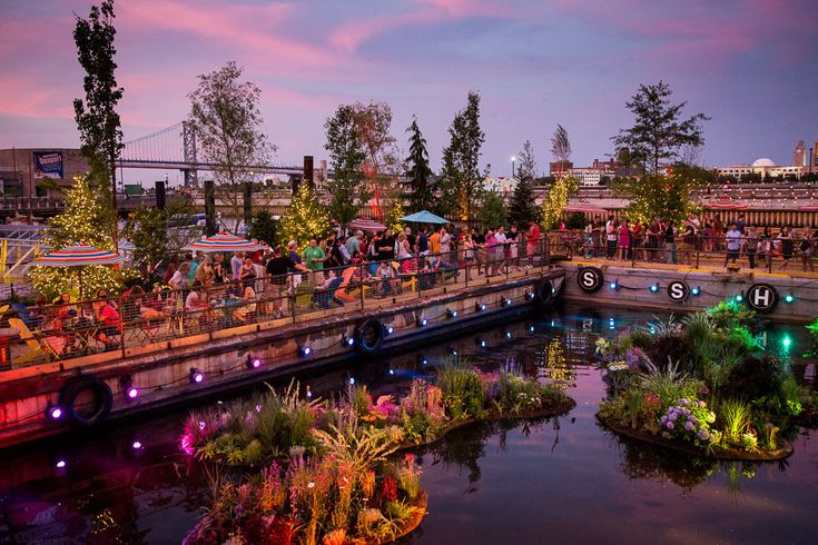 Spruce Street Harbor Park at Penn's Landing  on the Central Delaware River Waterfront in Philadelphia, PA - #DelwareRiverWaterfront #Philadelphia