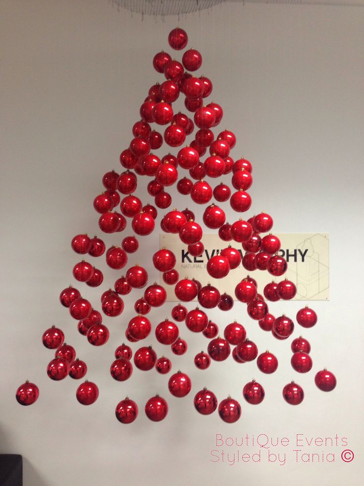 1000 ideas about christmas shop displays on pinterest for Salon xmas decorations