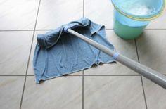 Pulire le fughe del pavimento senza troppa fatica