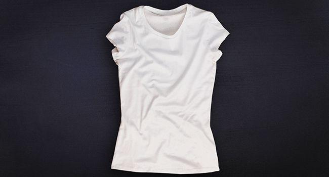 Conheça o jeito mais rápido do mundo de dobrar camiseta