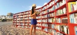 BOOKCASES ON BONDI BEACH