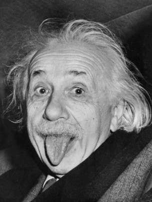 """7 curiosos datos que quizá no sabíamos sobre Albert Einstein - 4La imaginación es más importante que el conocimiento"""", consideraba que el conocimiento era limitado mientras la imaginación era infinita."""