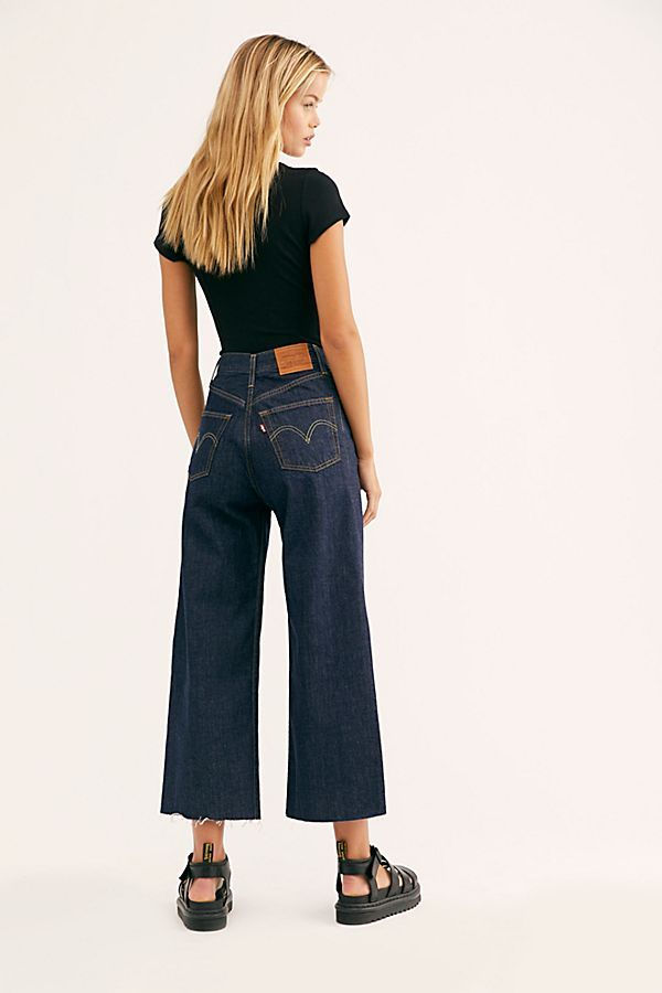 c874d307e8cd Levi's Ribcage Pleated Crop Jeans in 2019 | Denim | Cropped jeans ...