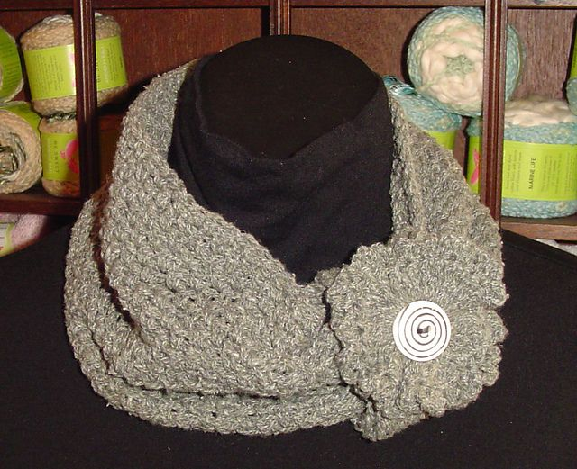Free Crochet Convertible Cowl Pattern : 1000+ images about Crochet cowl pattern on Pinterest ...