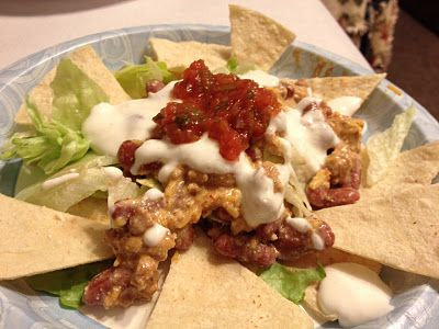 """Meals Fit for a Family: Lean """"Talk About Taco Salad""""-290 calories (I would use plain greek yogurt instead of cottage cheese)"""
