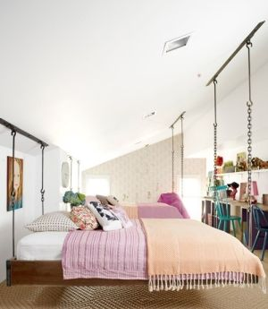 Wouldn't you have loved these beds as a kid? A dream bedroom makeover at @Ree Drummond | The Pioneer Woman 's house.     Be sure to see the by corine
