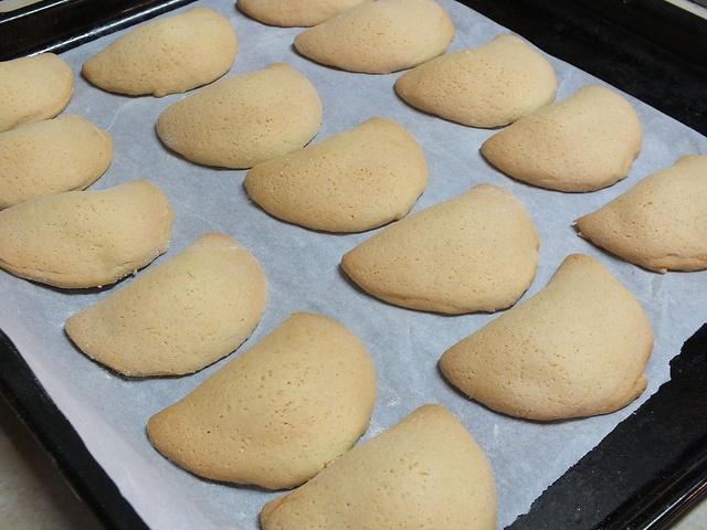 biscotti mezzaluna by FATTO IN CASA DA BENEDETTA, via Flickr
