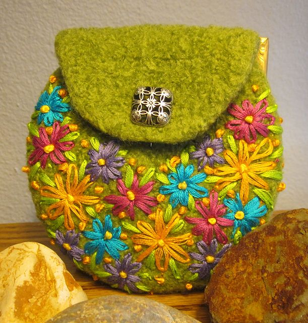 Ravelry: Agilejacks Spring Green Felted Wool Coin Purse