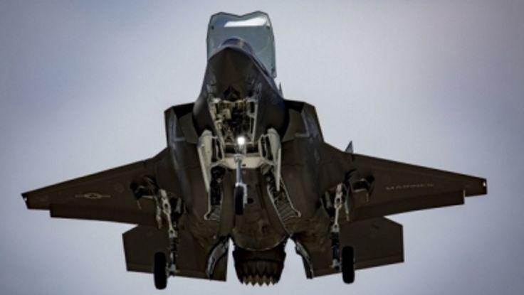 Επίδειξη ισχύος πραγματοποίησαν οι ΗΠΑ καθώς μαχητικά F-35B πέταξαν μαζί με βομβαρδιστικά πάνω από την Κορεατική χερσόνησο.