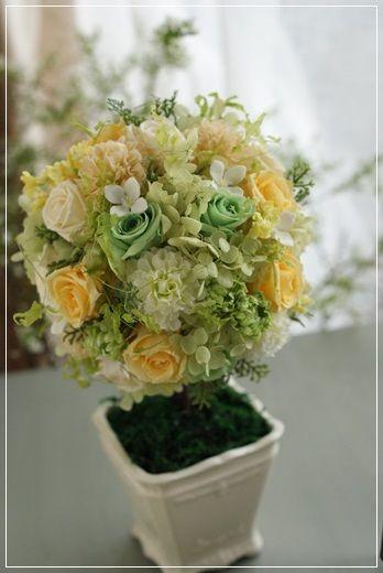 『【今日の贈花】ご自宅用トピアリー』 http://ameblo.jp/flower-note/entry-11766500918.html