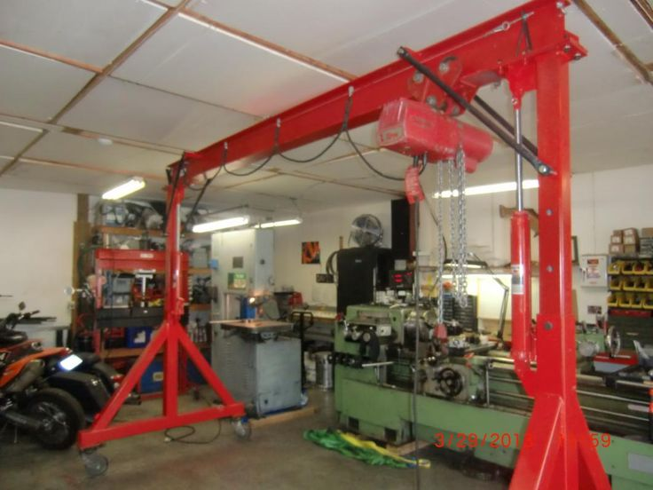17 best images about lift and crane on pinterest for Shop hoist plans