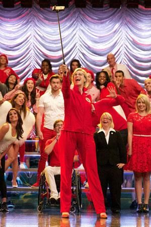 This is how the Glee cast celebrated their last episode.