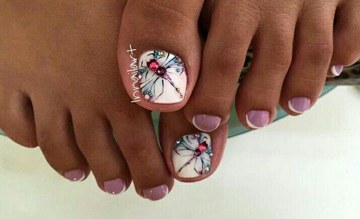 Nail art, dragonfly