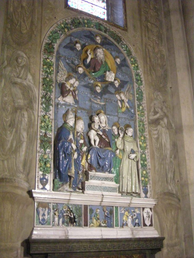 221ARTE - le robbiane di arezzo 2.JPG (Изображение JPEG, 768×1024 пикселов) Ареццо. Cappella della Madonna del Conforto in Duomo. Работа Андреа делла Роббиа