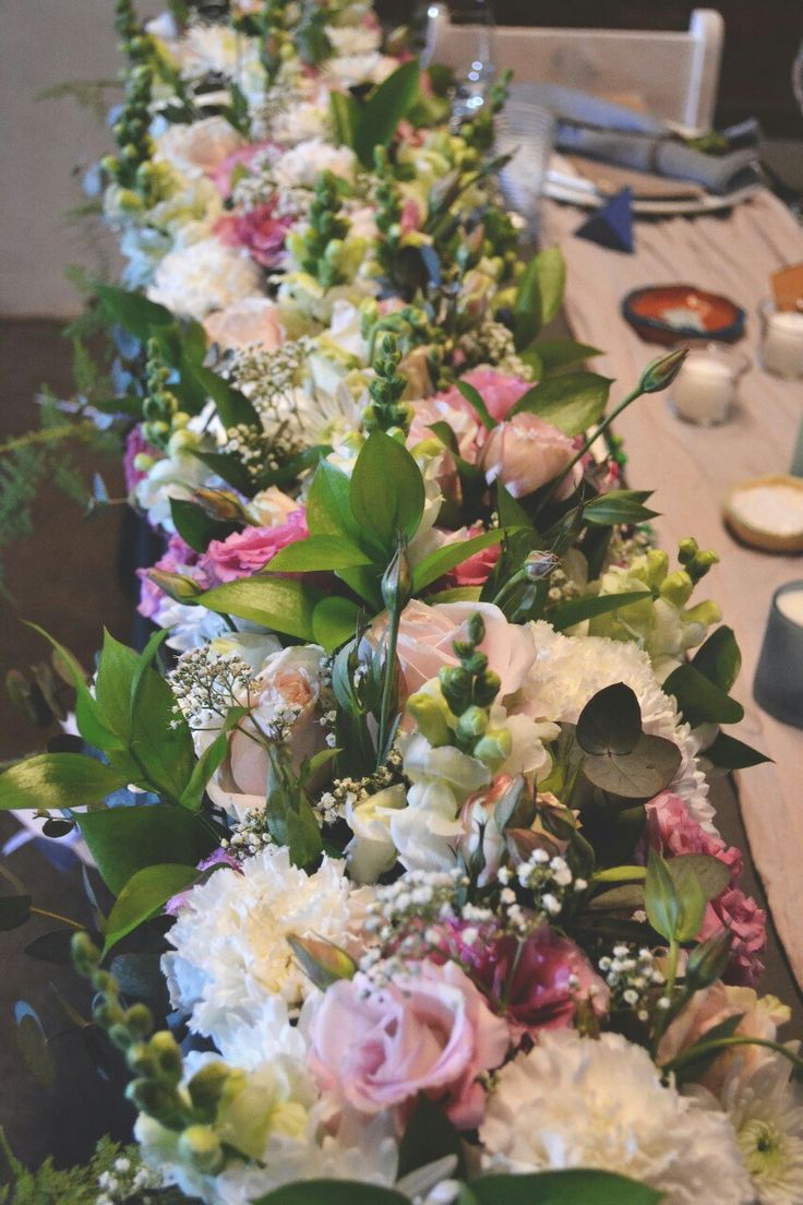 Flower box wedding table