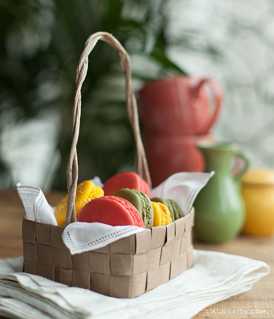 Upcycled Grocery Bag Basket- These make really cute treat bags or favors for your party!! Not just for an Easter basket!! Instructions: http://liagriffith.com/upcycled-grocery-bag-easter-basket/