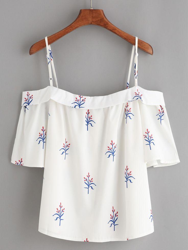 Белая блуза с цветочным принтом с открытыми плечами