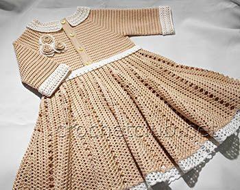 Платье для девочки с рукавом 3/4, связанное крючком из хлопка. Бесплатные, четкие схемы и авторское описание вязания платья