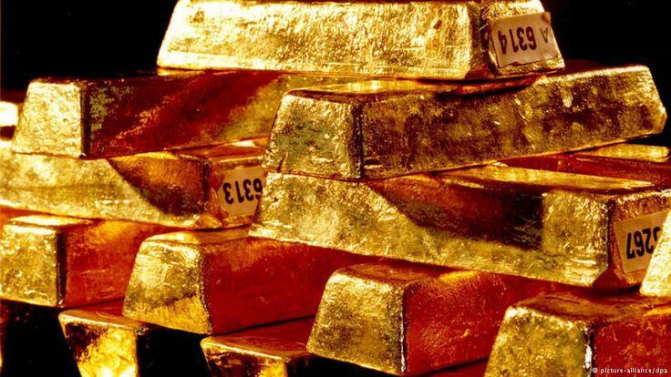 Oro Goldex SAS , John Uber Santa