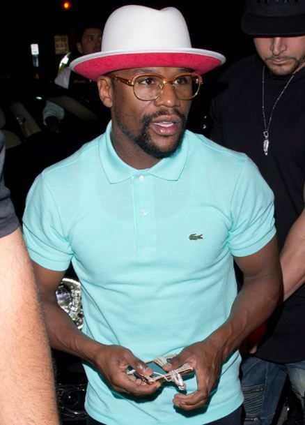 Checkout Floyd Mayweather's N360M Diamond Encrusted iPod