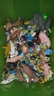 Tierfiguren teilweise auch von Schleich in Hessen - Wabern | Weitere Spielzeug günstig kaufen, gebraucht oder neu | eBay Kleinanzeigen