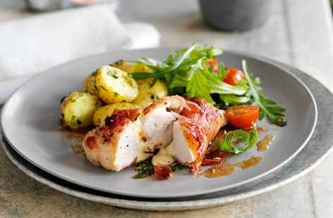 A simple Chicken mozzarella and Parma ham recipe for you to cook a great meal for family or friends. Buy the ingredients for our Chicken mozzarella and Parma ham recipe from Tesco today.