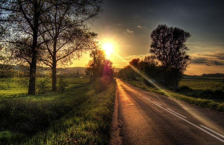 Droga do domu by Kamil Sypień on 500px