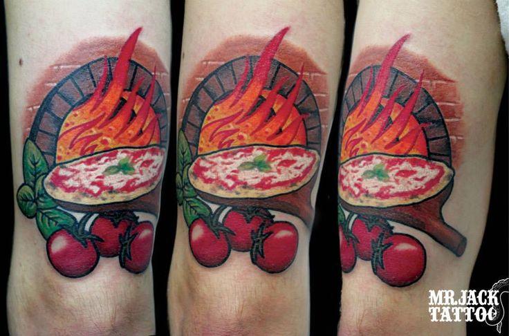 #pizza #fornoalegna #tatuaggi #tattoo #mrjacktattoo #color #arte #artist #colortattoo #bodyart #mrjacktattoofamily #cartoon #tattoocartoon #newschooltattoo #mrjacktattooartist