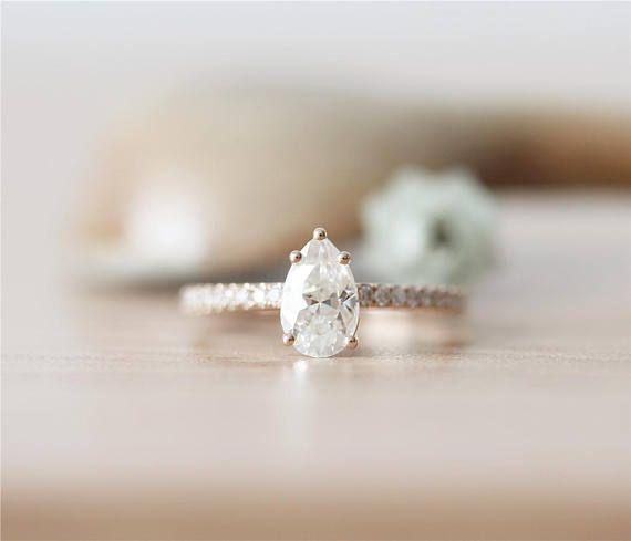 Anillo de oro rosa de 14 K * 5X8mm Moissanite anillo * anillo de bodas de diamante * pera corte Moissanite anillo de compromiso * anillo de la promesa hecha a mano * anillo de aniversario *