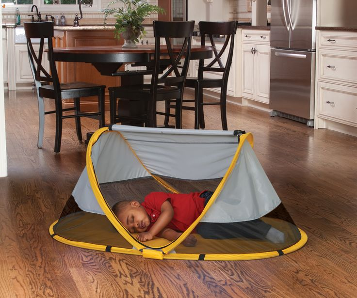 PeaPod - portable toddler bed.... I NEED THESE!!
