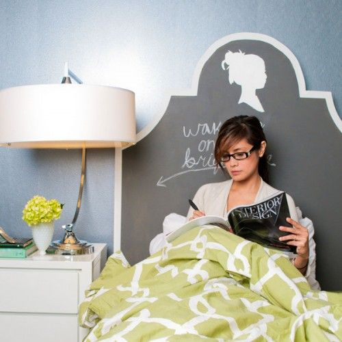 Google Image Result for http://www.shelterness.com/pictures/cute-chalkboard-headboard-3-500x500.jpg