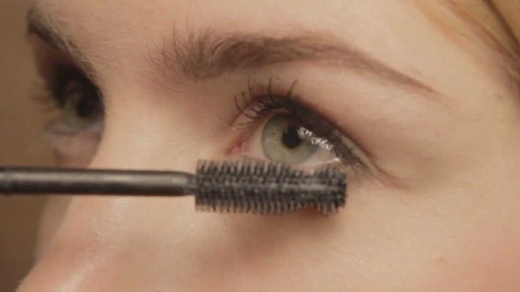 How to Perfectly Apply Show Off Mascara | Rimmel London