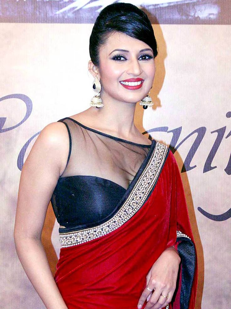 Red White & Black combination #Designer #Saree,,Georgette + net saree with dupion +net #blouse Shop Now☛ http://www.fashion4style.com/woman/clothing/bollywood-replica-saree/red-white-&-black-combination-designer-saree/pid=MTM1