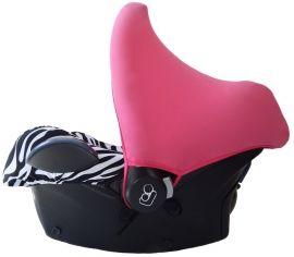 Deze hippe Maxi Cosi hoes zorgt ervoor dat je autostoel netjes en schoon blijft en je kindje er lekker comfortabel bij ligt. De Maxi Cosi hoes is namelijk gemaakt van 95% katoen en dit materiaal ademt en absorbeert heel goed!